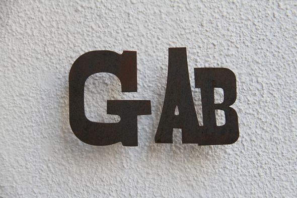 gab000